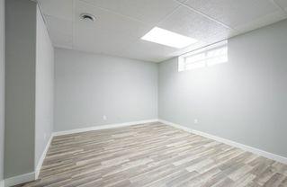 Photo 41: 976 Wallbridge Place NW in Edmonton: Zone 22 House for sale : MLS®# E4197060