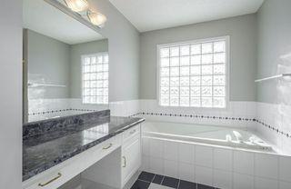 Photo 24: 976 Wallbridge Place NW in Edmonton: Zone 22 House for sale : MLS®# E4197060