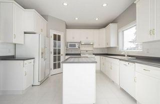 Photo 11: 976 Wallbridge Place NW in Edmonton: Zone 22 House for sale : MLS®# E4197060