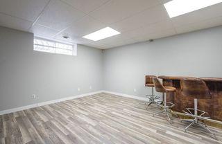 Photo 44: 976 Wallbridge Place NW in Edmonton: Zone 22 House for sale : MLS®# E4197060