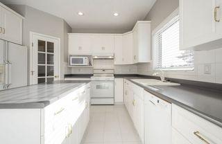 Photo 14: 976 Wallbridge Place NW in Edmonton: Zone 22 House for sale : MLS®# E4197060