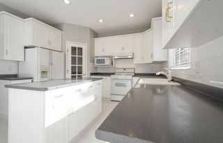 Photo 13: 976 Wallbridge Place NW in Edmonton: Zone 22 House for sale : MLS®# E4197060