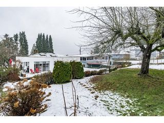 Photo 3: 1121 HAMMOND Avenue in Coquitlam: Maillardville House for sale : MLS®# R2473525
