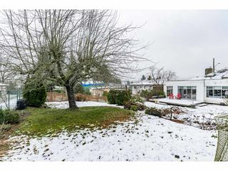 Photo 10: 1121 HAMMOND Avenue in Coquitlam: Maillardville House for sale : MLS®# R2473525