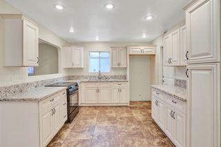 Photo 3: PARADISE HILLS House for sale : 5 bedrooms : 6066 Reo Pl in San Diego