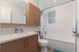 Photo 11: 6008 PRINCE EDWARD Street in Vancouver: South Vancouver Townhouse for sale (Vancouver East)  : MLS®# R2499447