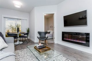 """Photo 3: 201 20696 EASTLEIGH Crescent in Langley: Langley City Condo for sale in """"The Georgia"""" : MLS®# R2502014"""