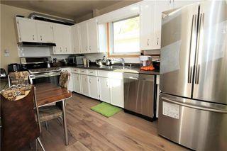 Photo 2: 950 Moncton Avenue in Winnipeg: East Kildonan Residential for sale (3B)  : MLS®# 202025545