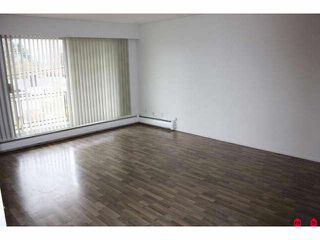 Photo 5: 301 46165 GORE Avenue in Chilliwack: Chilliwack E Young-Yale Condo for sale : MLS®# H1100955