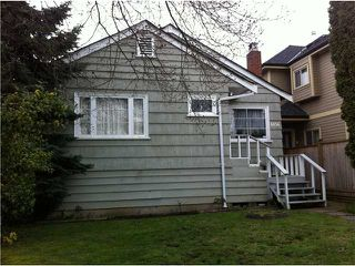 Photo 2: 6056 VICTORIA Drive in Vancouver: Killarney VE House for sale (Vancouver East)  : MLS®# V879326