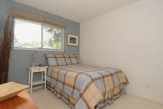 "Photo 7: 12332 24TH Avenue in Surrey: Crescent Bch Ocean Pk. 1/2 Duplex for sale in ""Ocean Park/Crescent Beach"" (South Surrey White Rock)  : MLS®# F1112311"