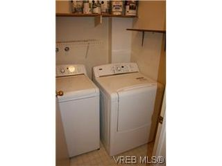 Photo 9: 104 1436 Harrison St in VICTORIA: Vi Downtown Condo for sale (Victoria)  : MLS®# 586153