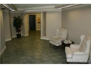Photo 14: 104 1436 Harrison Street in VICTORIA: Vi Downtown Condo Apartment for sale (Victoria)  : MLS®# 300054