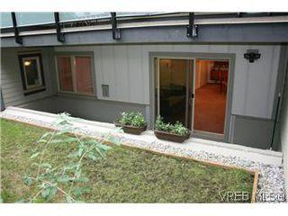 Photo 13: 104 1436 Harrison Street in VICTORIA: Vi Downtown Condo Apartment for sale (Victoria)  : MLS®# 300054