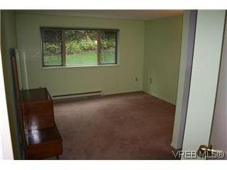 Photo 7: 104 1436 Harrison Street in VICTORIA: Vi Downtown Condo Apartment for sale (Victoria)  : MLS®# 300054