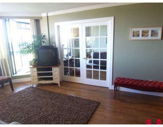 Photo 5: 403 1521 George Street in Surrey: White Rock Condo for sale (South Surrey White Rock)  : MLS®# F2905669