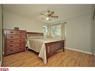 Photo 5: 11310 Surrey Road in Surrey: House for sale : MLS®# F1224105