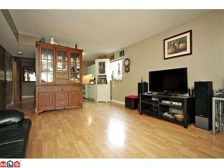 Photo 8: 11310 Surrey Road in Surrey: House for sale : MLS®# F1224105