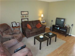 Photo 3: 314 Houde Drive in WINNIPEG: Fort Garry / Whyte Ridge / St Norbert Residential for sale (South Winnipeg)  : MLS®# 1323241