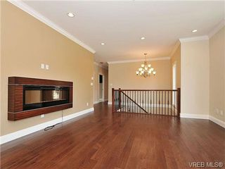 Photo 5: 991 RATTANWOOD Pl in VICTORIA: La Happy Valley Single Family Detached for sale (Langford)  : MLS®# 655783