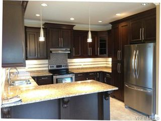Photo 2: 991 RATTANWOOD Pl in VICTORIA: La Happy Valley Single Family Detached for sale (Langford)  : MLS®# 655783