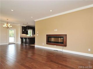 Photo 6: 991 RATTANWOOD Pl in VICTORIA: La Happy Valley Single Family Detached for sale (Langford)  : MLS®# 655783
