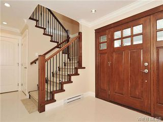 Photo 3: 991 RATTANWOOD Pl in VICTORIA: La Happy Valley Single Family Detached for sale (Langford)  : MLS®# 655783