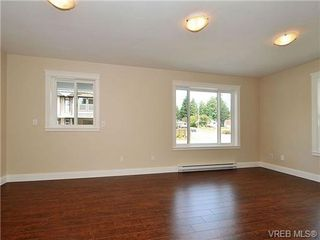 Photo 15: 991 RATTANWOOD Pl in VICTORIA: La Happy Valley Single Family Detached for sale (Langford)  : MLS®# 655783