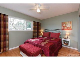 Photo 10: 4377 Columbia Drive in VICTORIA: SE Gordon Head Single Family Detached for sale (Saanich East)  : MLS®# 332121