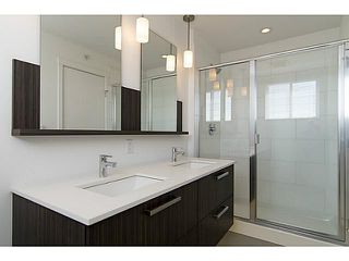 """Photo 15: 30 6868 BURLINGTON Avenue in Burnaby: Metrotown Townhouse for sale in """"METRO"""" (Burnaby South)  : MLS®# V1068449"""