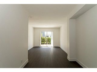 """Photo 8: 30 6868 BURLINGTON Avenue in Burnaby: Metrotown Townhouse for sale in """"METRO"""" (Burnaby South)  : MLS®# V1068449"""