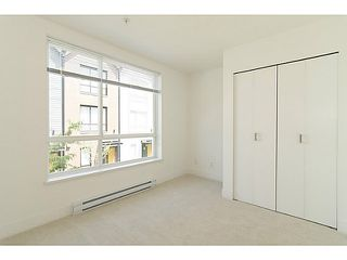 """Photo 12: 30 6868 BURLINGTON Avenue in Burnaby: Metrotown Townhouse for sale in """"METRO"""" (Burnaby South)  : MLS®# V1068449"""