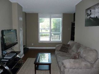 Photo 8: 120 Dallimore Circ Unit #105 in Toronto: Banbury-Don Mills Condo for lease (Toronto C13)