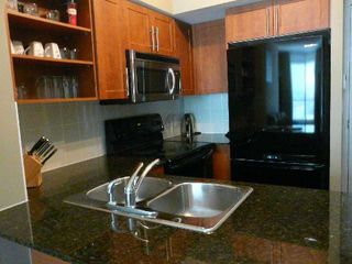 Photo 5: 120 Dallimore Circ Unit #105 in Toronto: Banbury-Don Mills Condo for lease (Toronto C13)