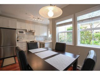 """Photo 8: 105 1630 154 Street in Surrey: King George Corridor Condo for sale in """"CARLTON COURT"""" (South Surrey White Rock)  : MLS®# F1438775"""
