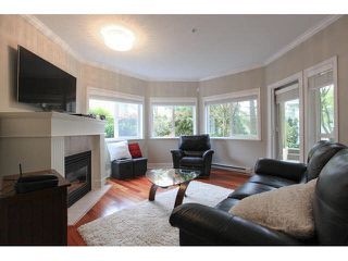 """Photo 3: 105 1630 154 Street in Surrey: King George Corridor Condo for sale in """"CARLTON COURT"""" (South Surrey White Rock)  : MLS®# F1438775"""