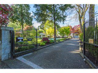"""Photo 2: 1375 W KING EDWARD Avenue in Vancouver: Shaughnessy House for sale in """"1ST SHAUGHNESSY"""" (Vancouver West)  : MLS®# V1119114"""