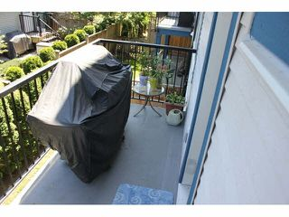 """Photo 8: 37 14462 61A Avenue in Surrey: Sullivan Station Townhouse for sale in """"RAVINA"""" : MLS®# F1444096"""