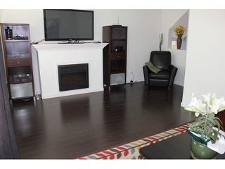 """Photo 3: 37 14462 61A Avenue in Surrey: Sullivan Station Townhouse for sale in """"RAVINA"""" : MLS®# F1444096"""