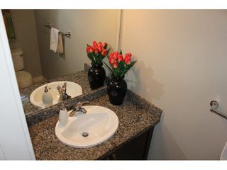 """Photo 7: 37 14462 61A Avenue in Surrey: Sullivan Station Townhouse for sale in """"RAVINA"""" : MLS®# F1444096"""