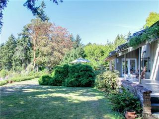 Photo 19: 725 Towner Park Road in NORTH SAANICH: NS Deep Cove Single Family Detached for sale (North Saanich)  : MLS®# 354990