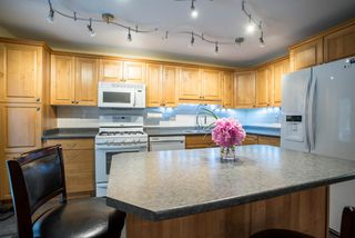 Photo 5: 491 SAN REMO Drive in Port Moody: North Shore Pt Moody House for sale : MLS®# R2073046