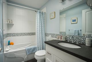Photo 14: 491 SAN REMO Drive in Port Moody: North Shore Pt Moody House for sale : MLS®# R2073046