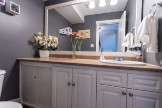 Photo 10: 491 SAN REMO Drive in Port Moody: North Shore Pt Moody House for sale : MLS®# R2073046