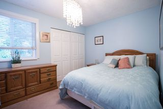 Photo 13: 491 SAN REMO Drive in Port Moody: North Shore Pt Moody House for sale : MLS®# R2073046