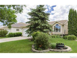 Photo 2: 32 Eastmount Drive in Winnipeg: St Vital Residential for sale (South East Winnipeg)  : MLS®# 1615509