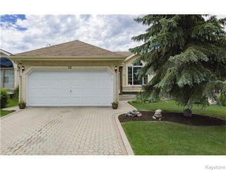Photo 1: 32 Eastmount Drive in Winnipeg: St Vital Residential for sale (South East Winnipeg)  : MLS®# 1615509