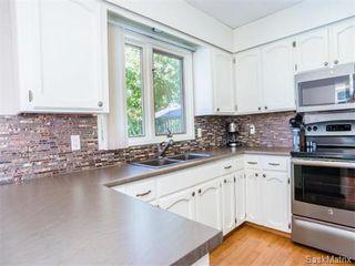 Photo 9: 323 Wathaman Place in Saskatoon: Lawson Heights Single Family Dwelling for sale (Saskatoon Area 03)  : MLS®# 577345