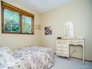 Photo 20: 323 Wathaman Place in Saskatoon: Lawson Heights Single Family Dwelling for sale (Saskatoon Area 03)  : MLS®# 577345