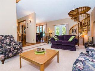 Photo 5: 323 Wathaman Place in Saskatoon: Lawson Heights Single Family Dwelling for sale (Saskatoon Area 03)  : MLS®# 577345